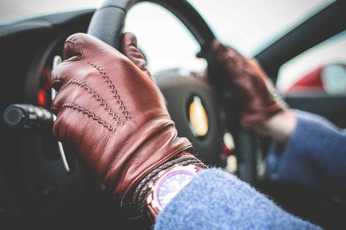 http://www.emmepromotion.com/wp-content/uploads/2017/05/gloves-highlight-1.jpg